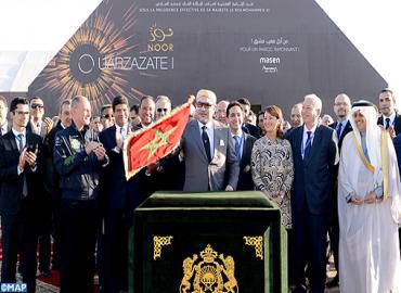 """SM el Rey preside la ceremonia de entrada en servicio de la I fase de la planta termosolar """"Noor-Uarzazat"""" y lanza las obras de construcción de II y III fase"""