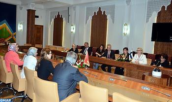 La presidenta del Parlamento finlandés destaca los esfuerzos de Marruecos en materia de paridad de género e igualdad