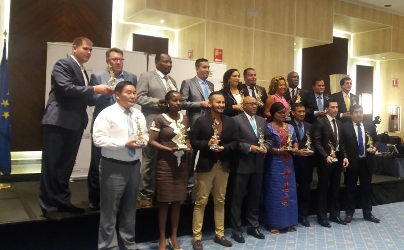 Trofeo Internacional a la Excelencia y Liderazgo 2016