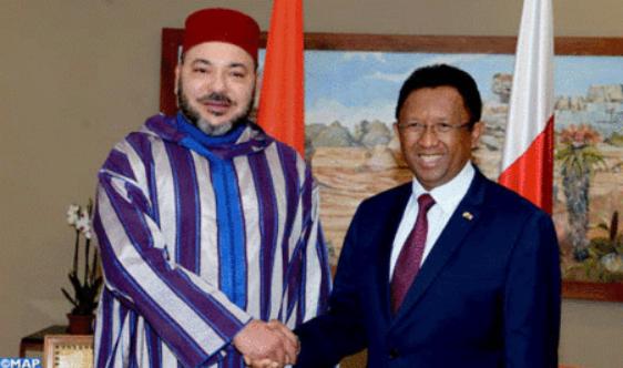 sm-el-rey-llega-a-antananarivo