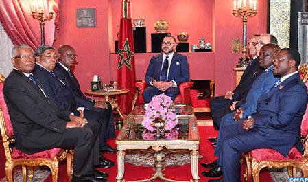 SM el Rey recibe en Fez a una delegación de los presidentes de la XXV Asamblea Regional África de la Asamblea Parlamentaria de la Francofonía