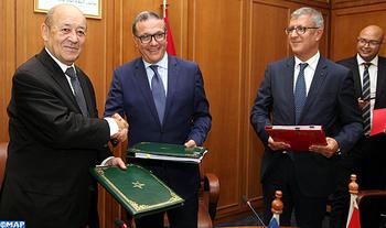 signature-ministere-des-finances-et-afd-m